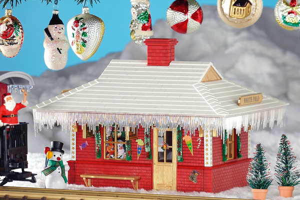 62265 North Pole Station Built-Up Building (G-Scale)