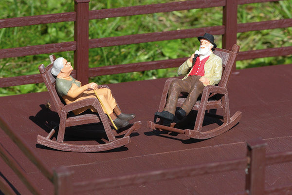 62295 Rocking Chairs, Set of 2 (G-Scale)