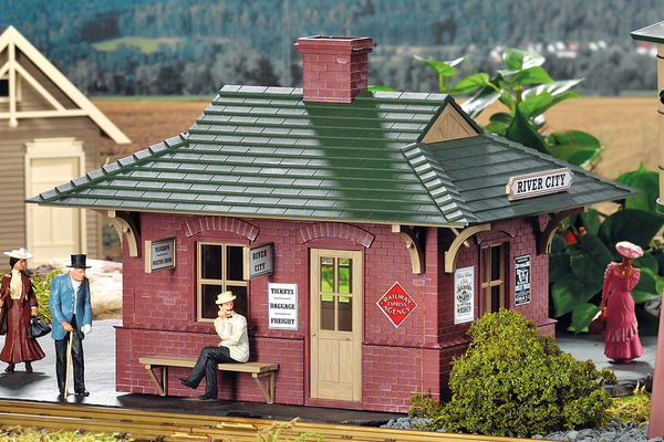 62709 River City Station Built-Up Building (G-Scale)