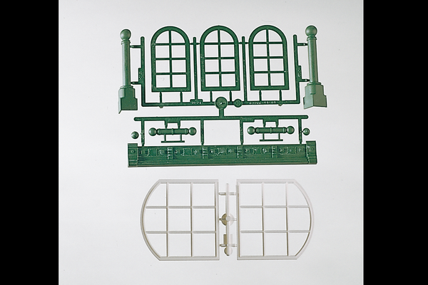 62807 Components: Arch-Top Windows (G-Scale)