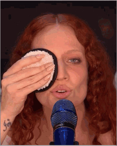 UK Pop Star, Jess Glynne Removes Makeup with Face Halo in Powerful 2019 BRIT Awards Performance