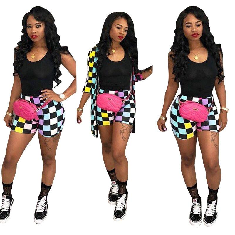 New Pattern Leisure  Color Block Grid Shorts Set