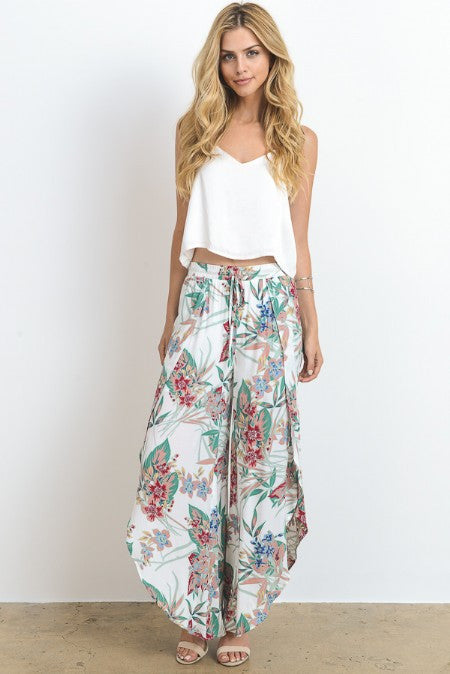 Floral Printed Tulip Hem Wide Legged Pants