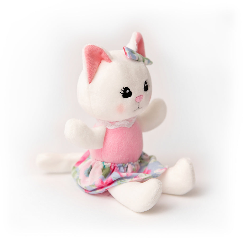 Khloe the Kitten Gown /& Blanket Set ~ Kinby ~  Preemie Size Baby Doll Clothes