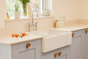 Is an Apron Sink Right for Me: Your Guide to Selecting the Right Kitchen Sink