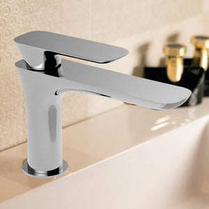 Uros Single-Hole Bathroom Faucet