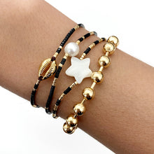 Load image into Gallery viewer, Golden shell bracelets