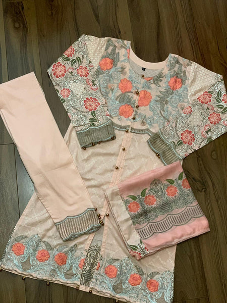 PEACH FLOWER SUIT
