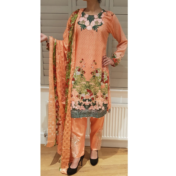 SOBIA NAZIR INSPIRED - Husna Collections
