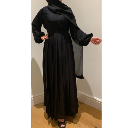 CASUAL PLAIN BELL SLEEVES ABAYA MAROON