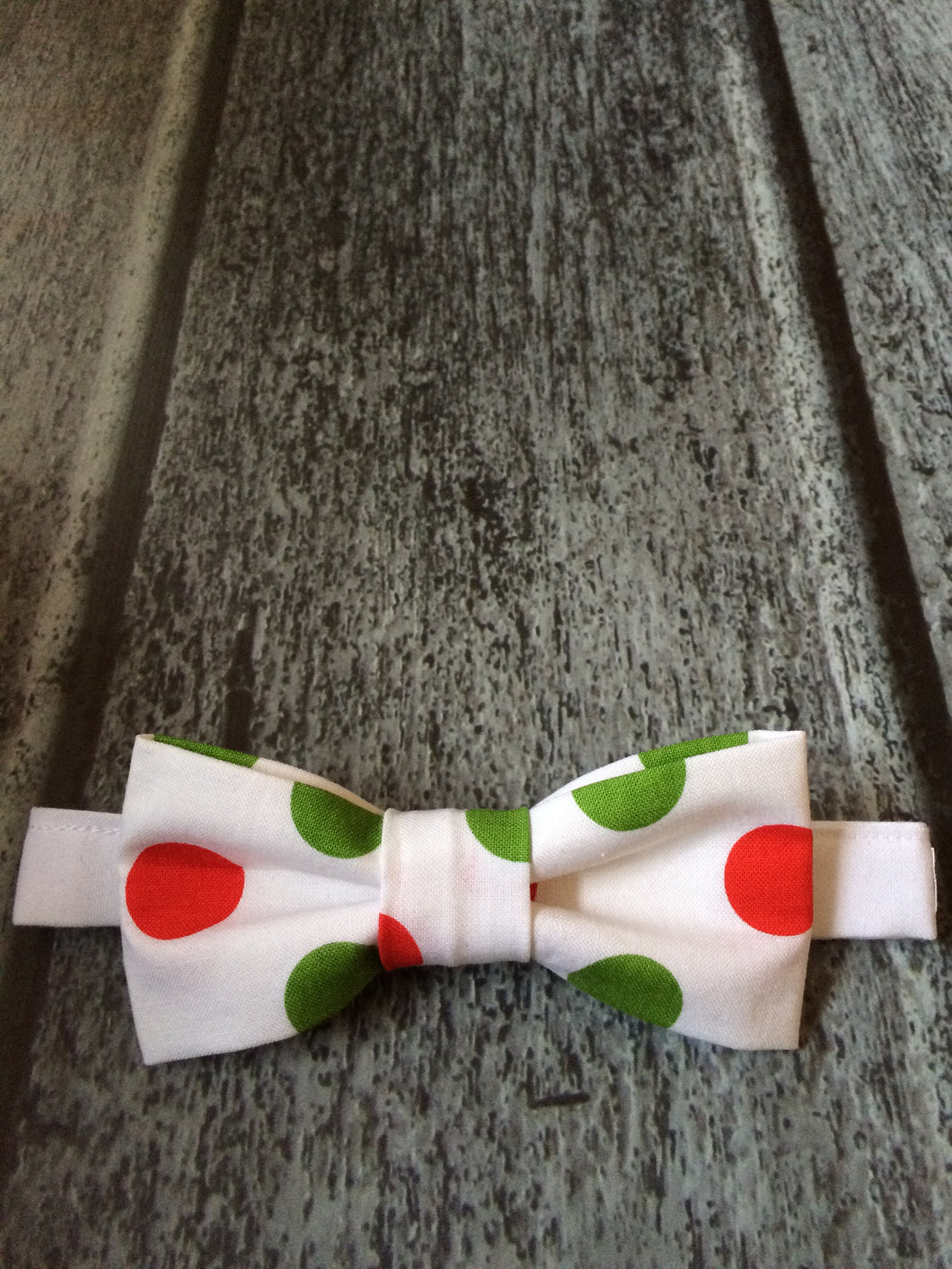 Bow Tie - Green/Red Polka Dots