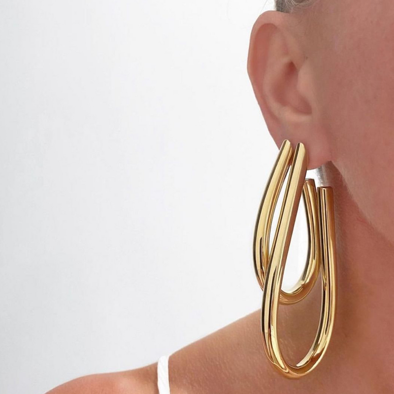JENNIFER-FISHER-TEARDROP-SAMIRA-HOOPS