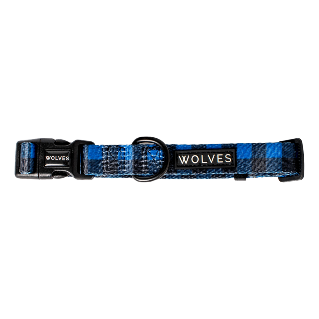 Wolves of Wellington Dog Collar Luey
