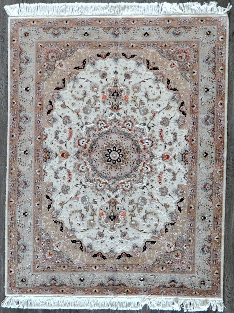5.1x6.7 persian tabriz traded with fish #81011