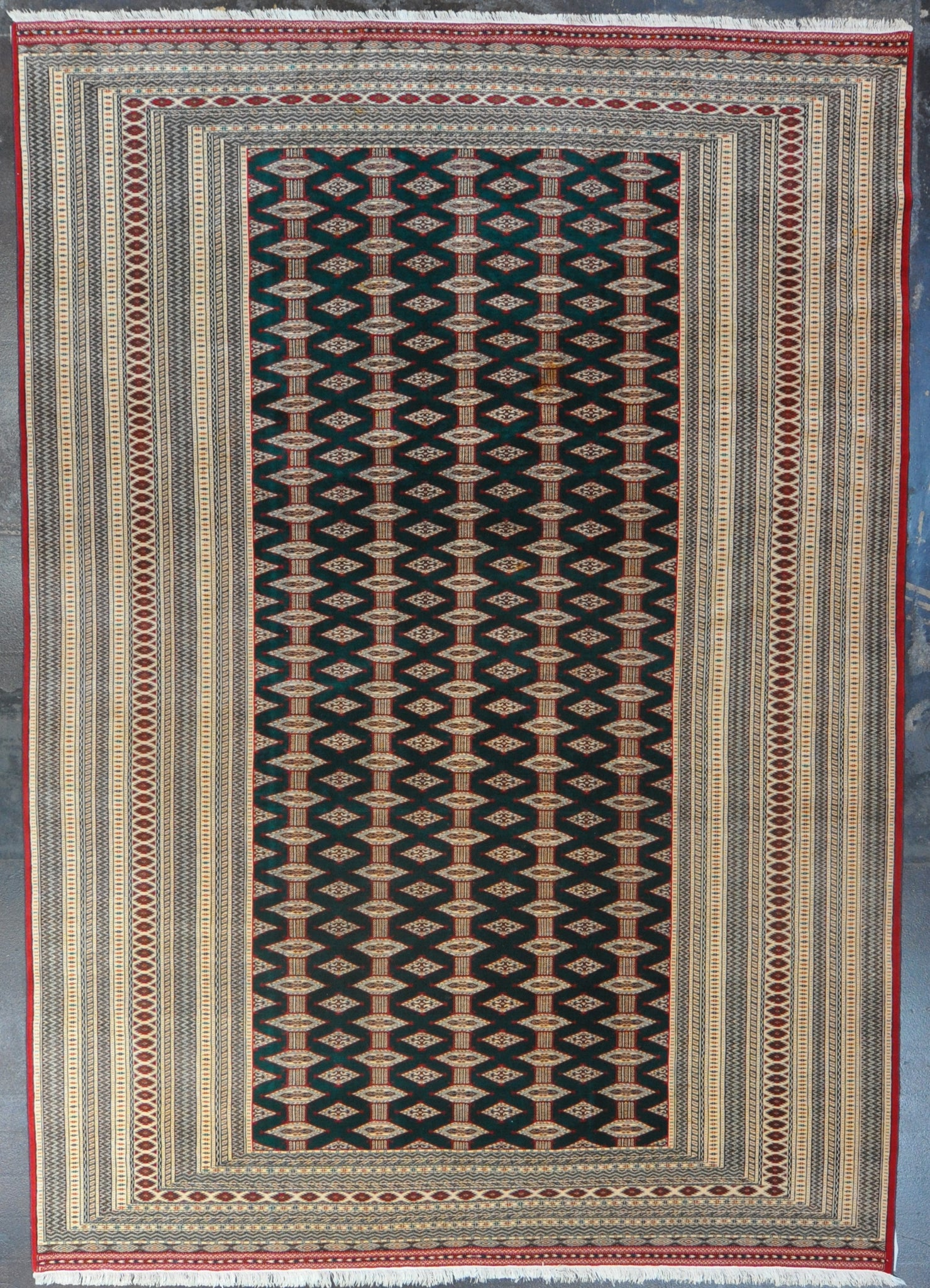 8.4x11.9 turkman wool #26605
