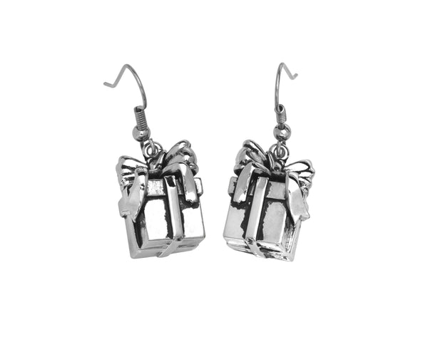 BE GIVING Earrings - Gift