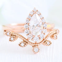 Halo diamond pear moissanite engagement ring rose gold bridal set curved wedding band la more design jewelry