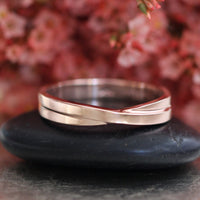 Infinity Knot Mens Wedding Band in Solid 14k Yellow Gold