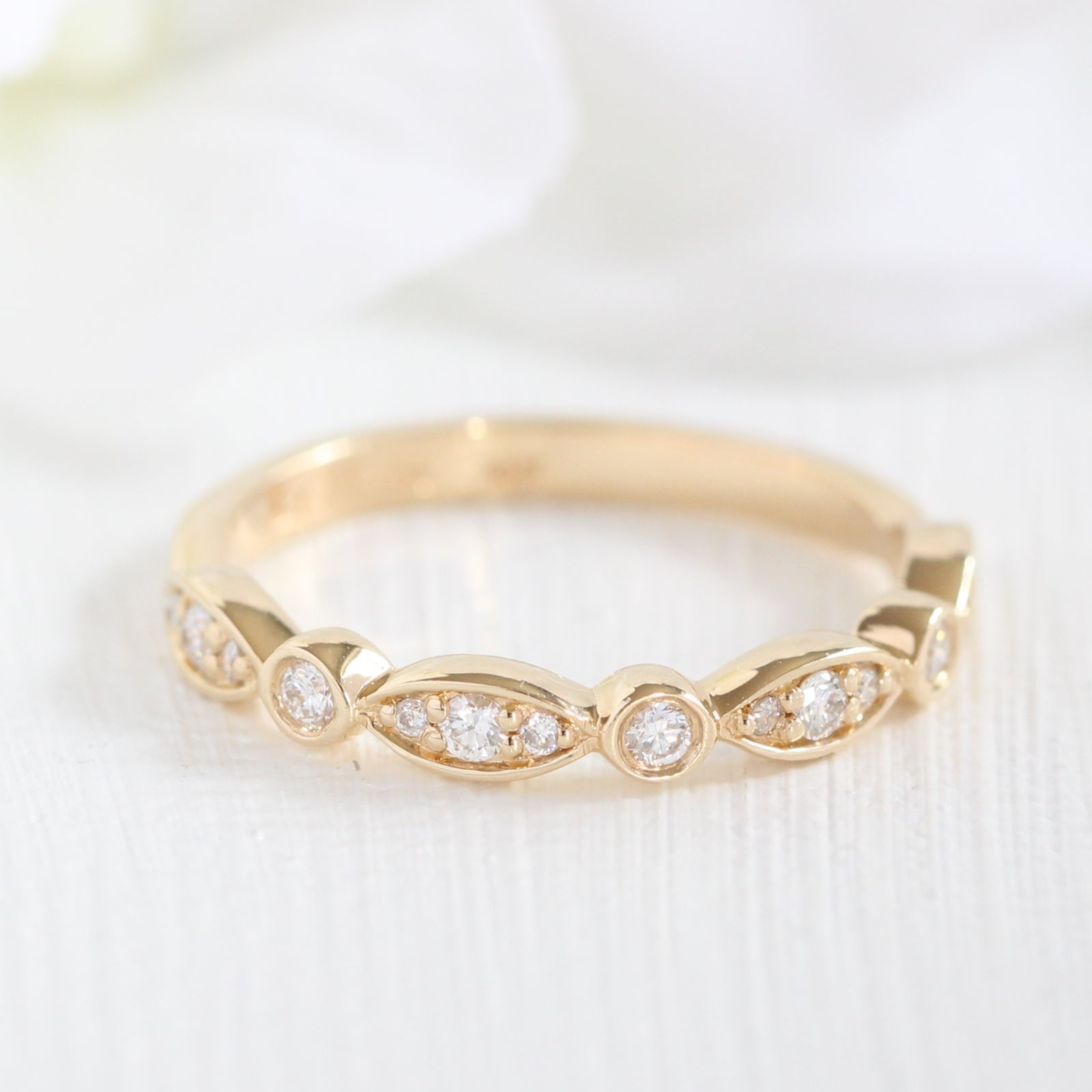 anniversary bands white diamond band gold wedding stone halo scalloped