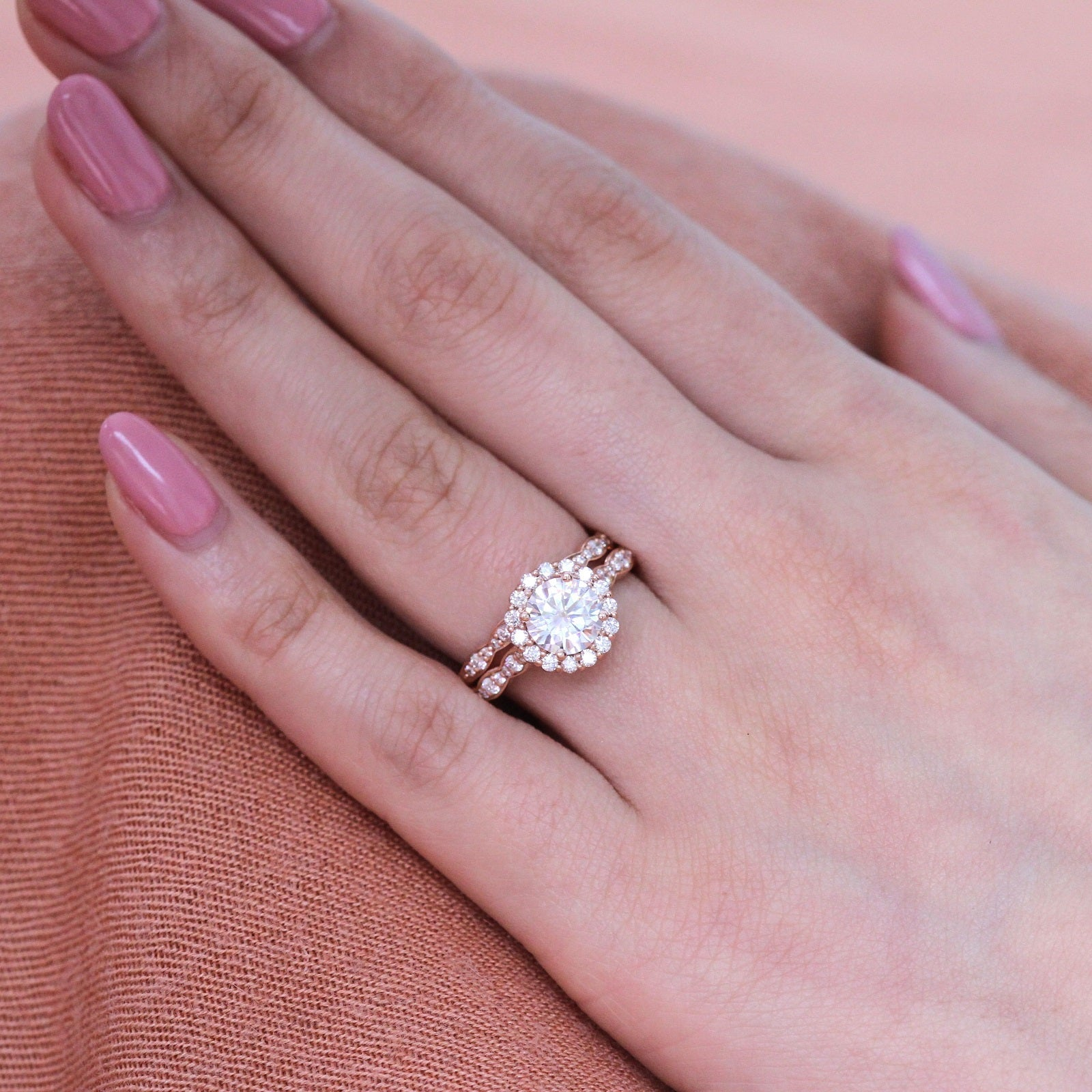 Luna Halo Bridal Set in Scalloped Band w/ Round Moissanite and ...