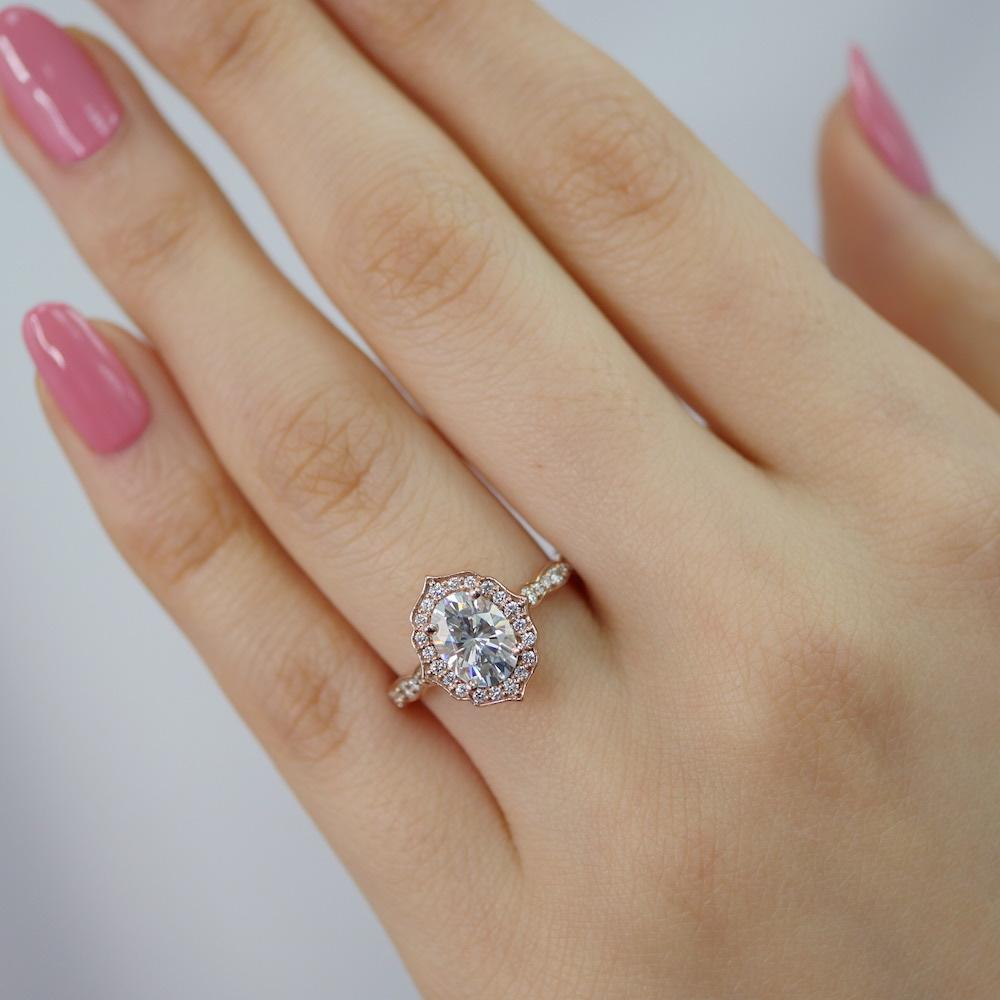 Vintage Floral Oval Ring In Scalloped Band W Forever One