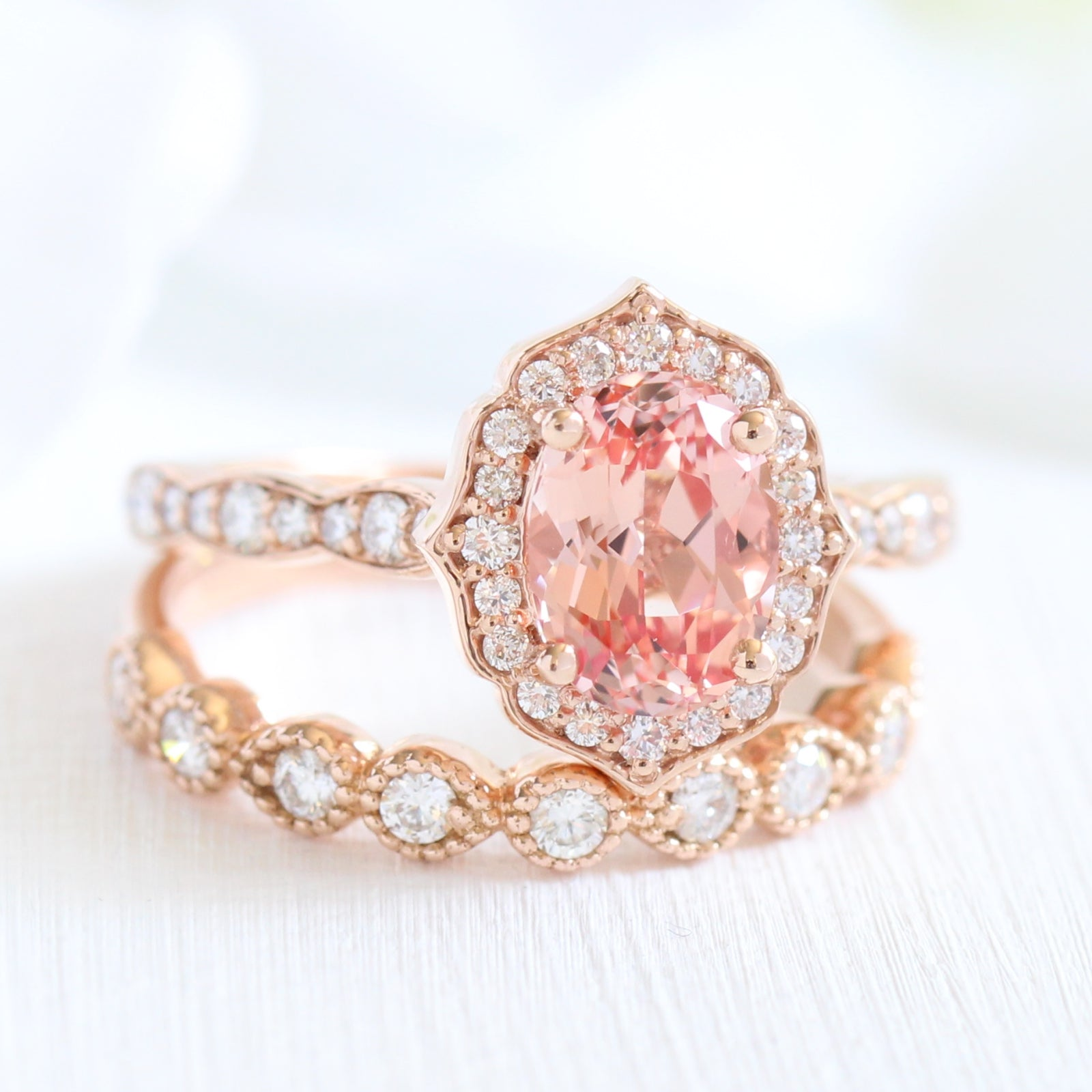 Oval Vintage Floral Bridal Set in Scalloped Band w/ Peach Sapphire ...