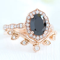vintage floral black spinel diamond ring bridal set rose gold curved leaf diamond wedding band la more design jewelry