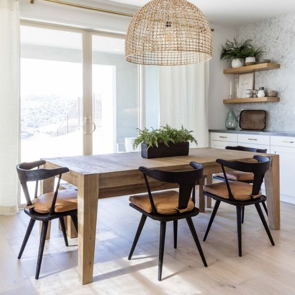 How to Mix  Wood Tones in a Dining Room
