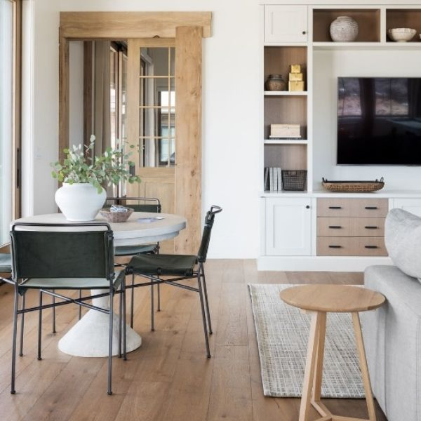 Mixing wood tones in a home 2021