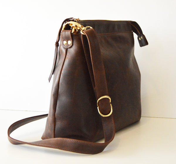Leather hobo Dark Brown Antique 4.jpg
