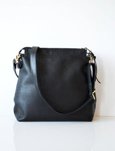 Leather hobo Black 3.jpg