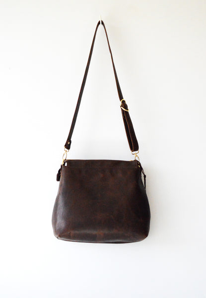 Leather hobo Dark Brown Antique 3.jpg