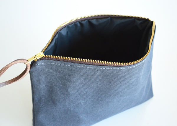 Waxed canvas pouch 4.jpg
