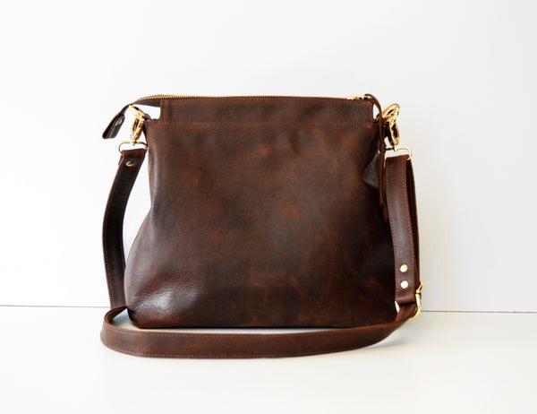 Leather hobo Dark Brown Antique 1.jpg