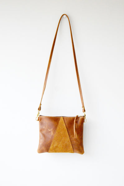 Triangle clutch toffee 1.jpg