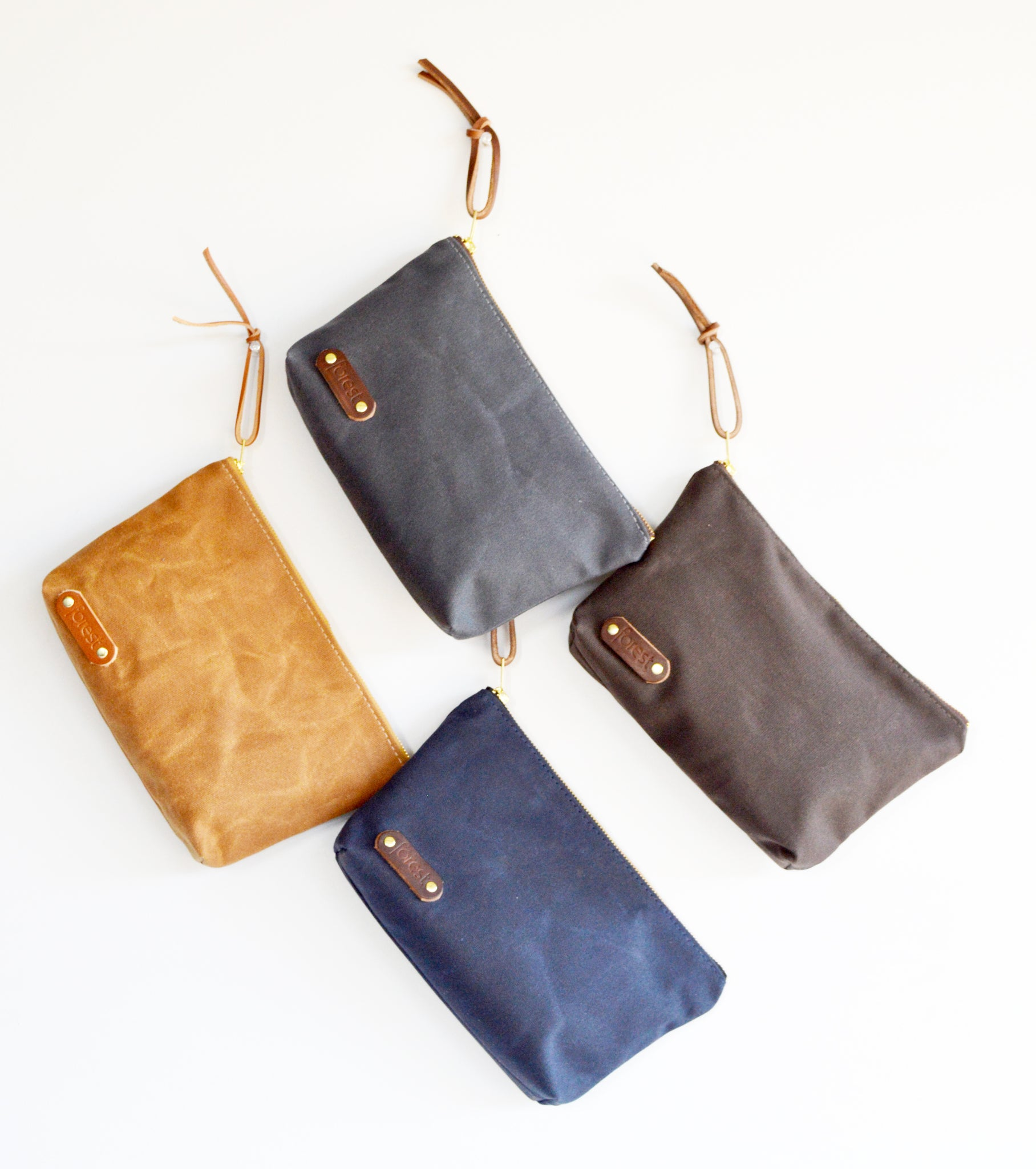Waxed canvas pouch 3.jpg