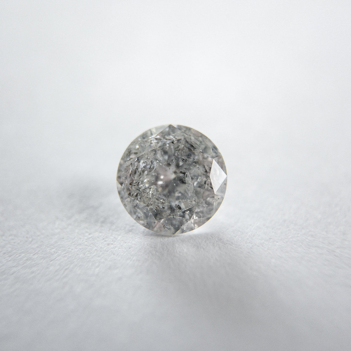 0.72ct 5.82x5.79x3.33mm Round Brilliant 18203-05