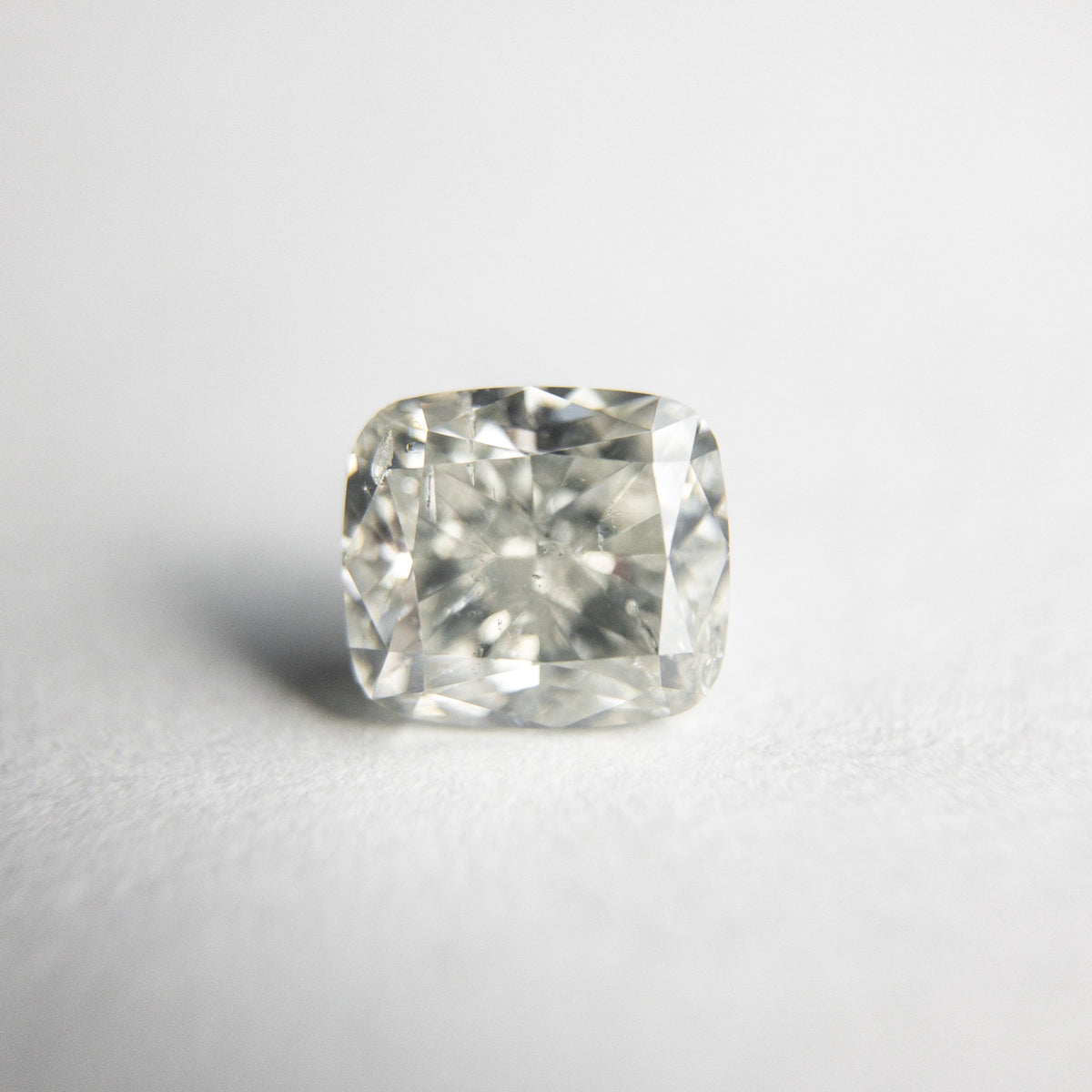 1.02ct 5.76x5.15x3.70mm Cushion Brilliant 18255-04