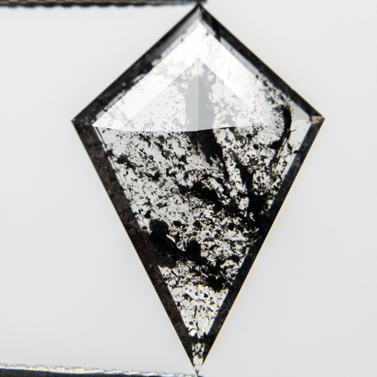 2.83ct 17.86x12.30x2.25mm Kite Rosecut 18418-01