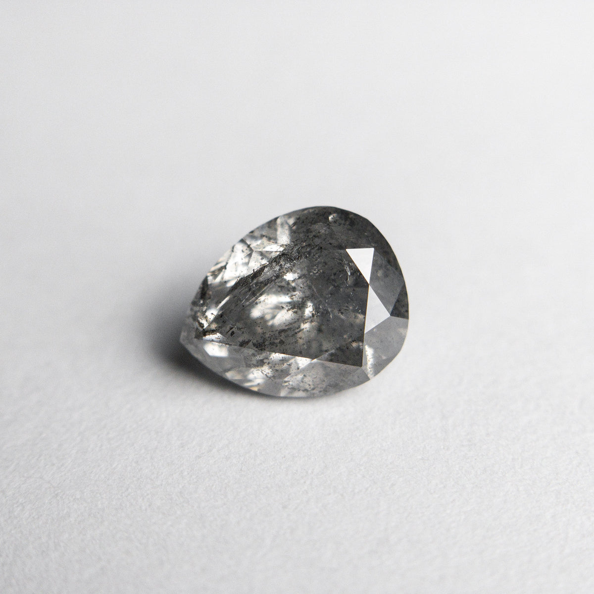 1.29ct 7.41x5.95x4.34mm Pear Brilliant 18452-08 hold D1709