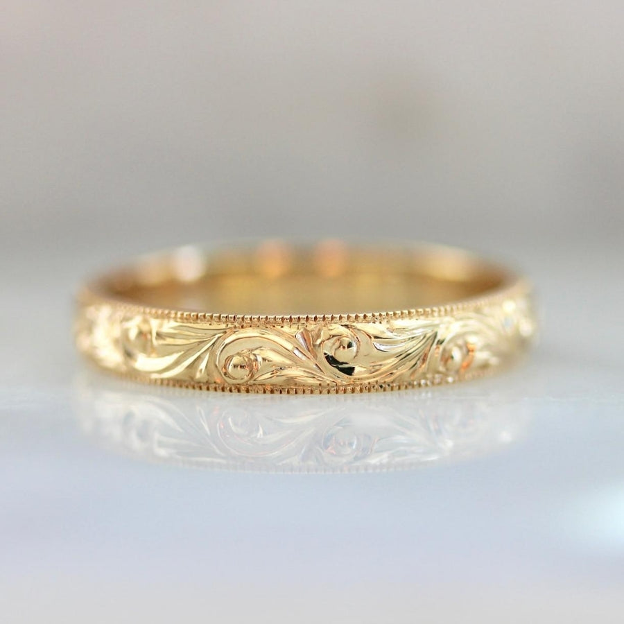 Rosaline Engraved Band in Yellow Gold