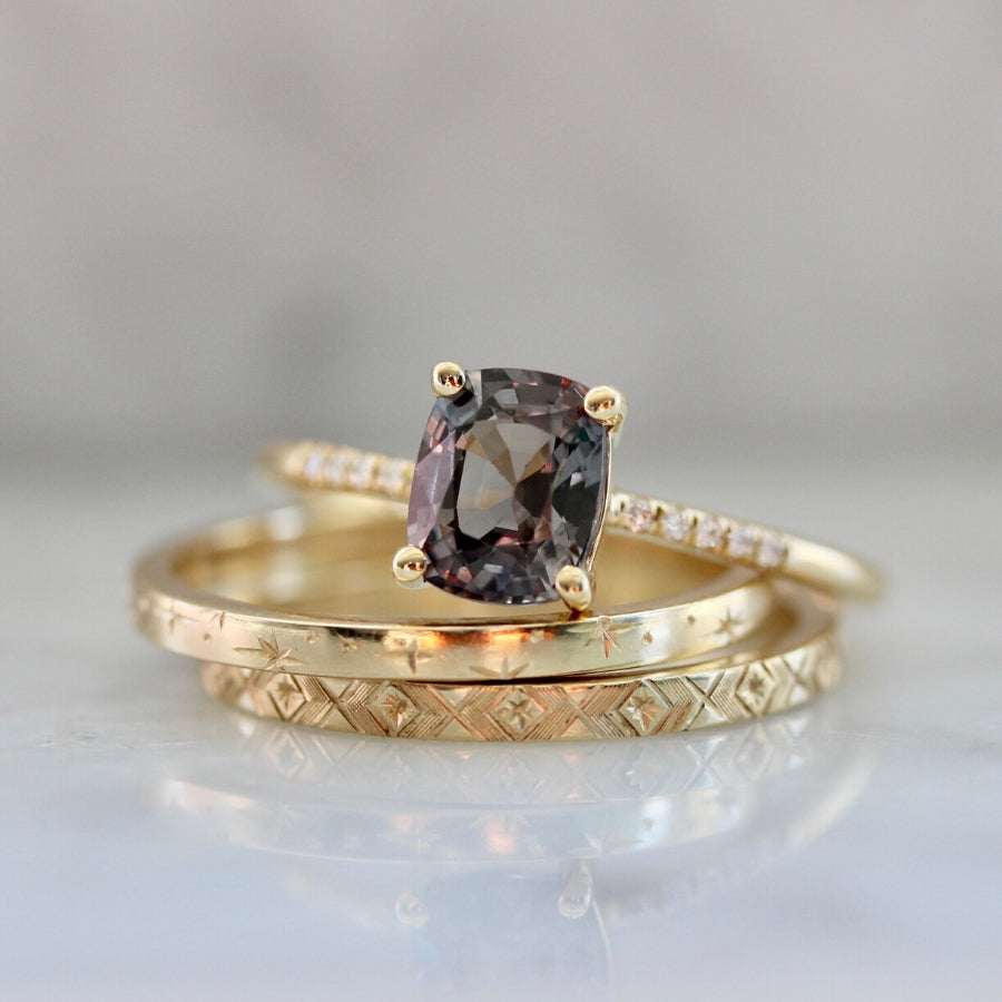 Hyeres Purple Spinel Ring in Yellow Gold