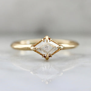 Vega White Lozenge Rose Cut Diamond Ring in Yellow Gold