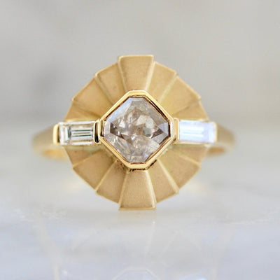 Zelda Asscher Cut Diamond Ring in Yellow Gold