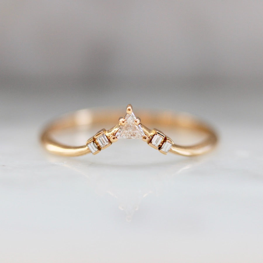 Trinity Curved Stacking Gold Band
