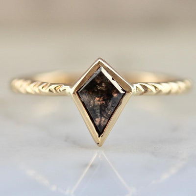 Army Of Rokosz Ring Lunar Black Diamond Kite Ring