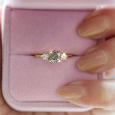 Brixton Salt & Pepper Diamond Ring in Yellow Gold