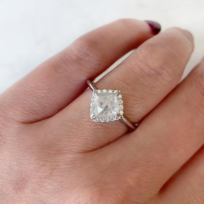Point No Point Ring Elsa Kite Ice Diamond Ring