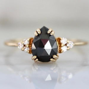 Vale Jewelry Ring Athena Black Pear Cut Diamond Ring