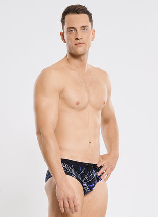 Onyx Racer Brief